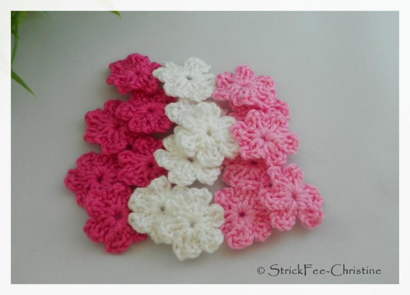 """- Häkelapplikation, Aufnäher """"kleine Blumen 6 Stück"""" pink/weiß/orchideerosa - Häkelapplikation, Aufnäher """"kleine Blumen 6 Stück"""" pink/weiß/orchideerosa"""