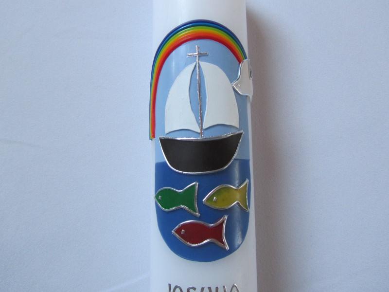 Kleinesbild - Farbenfrohe Taufkerze mit Boot und Regenbogen