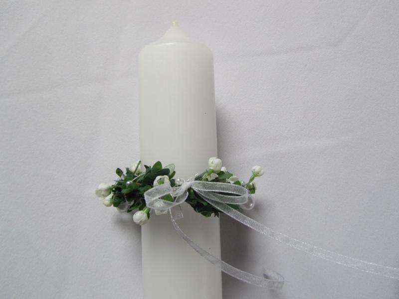 Kleinesbild - Kerzenkränzchen für Kommunionkerze aus künstlichem Buchs