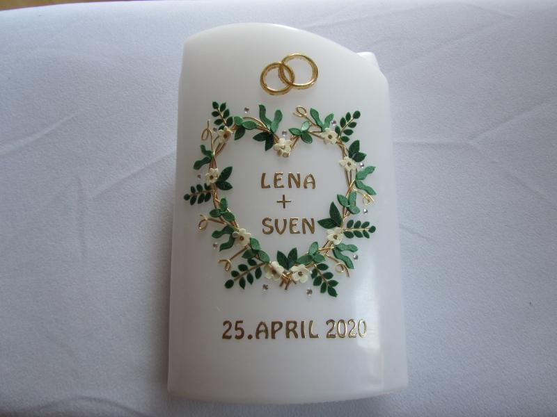 - Hochzeitskerze mit Blätterherz - Hochzeitskerze mit Blätterherz