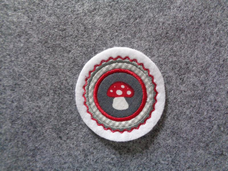 - Mini-Button Pilz ♥ Applikation ♥ Aufnäher♥ grau  (Kopie id: 100130789) - Mini-Button Pilz ♥ Applikation ♥ Aufnäher♥ grau  (Kopie id: 100130789)