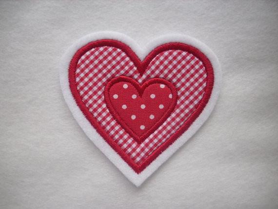 - schöne Herz-Applikation mit appl. Herz  ♡  Aufnäher  - schöne Herz-Applikation mit appl. Herz  ♡  Aufnäher
