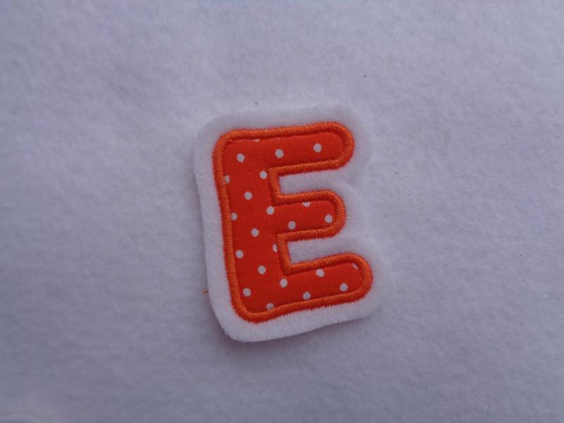 Kleinesbild - Applikation Buchstabe ca. 4,5 cm orange ☆Aufnäher