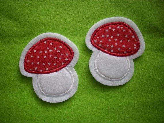 - 2 kleine Pilze  ☆ Applikation  ☆ Aufnäher  - 2 kleine Pilze  ☆ Applikation  ☆ Aufnäher