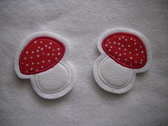 Kleinesbild - 2 kleine Pilze  ☆ Applikation  ☆ Aufnäher