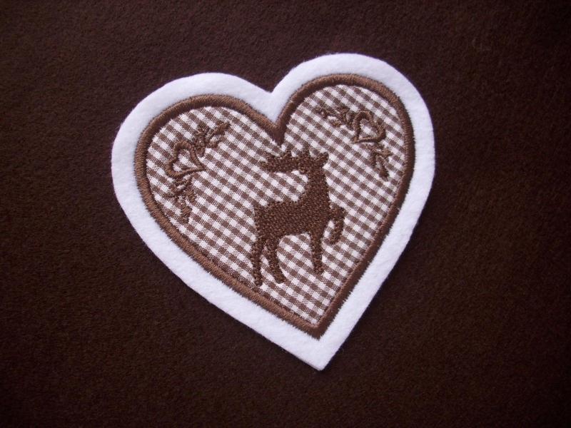 Kleinesbild - Herz  mit gest. Hirsch und Ornamenten ♥ Aufnäher ♥ Applikation