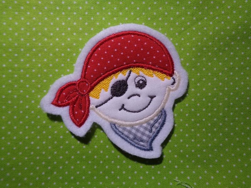 Kleinesbild - niedlicher Mini Pirat  in verschiedenen Farben ♥ Aufnäher ♥ Applikation