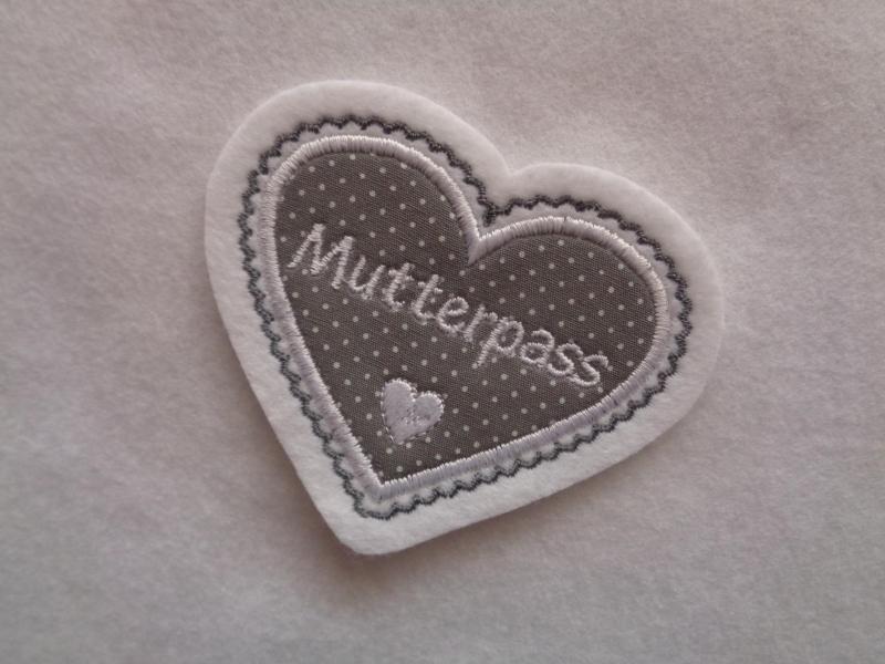 Kleinesbild - hübsche Herz-Applikation  ♡ Aufnäher   ♡ mit Wunschnamen/Text