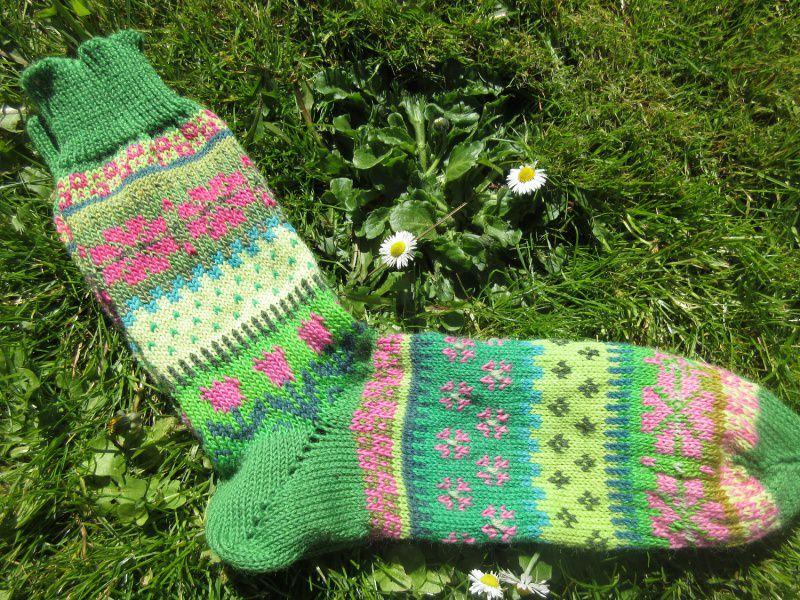 Kleinesbild - Bunte Socken MaiFavorit Gr. 40/41 - gestrickte Socken Fair Isle