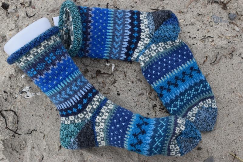 - Bunte Socken Gr.40/41 - gestrickte Socken ind nordischen Fair Isle  Mustern - Bunte Socken Gr.40/41 - gestrickte Socken ind nordischen Fair Isle  Mustern