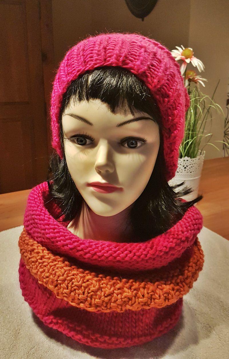 Kleinesbild - Bommelmütze**Beanie in pink aus reiner Schurwolle***onesize