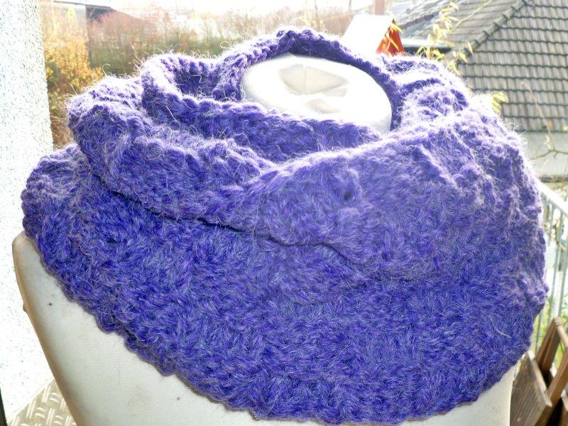 Kleinesbild - Dicker voluminöser Loop mit Alpaka in lila