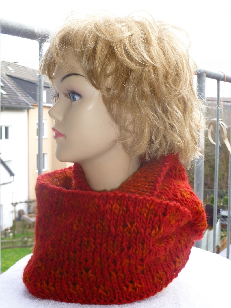 Kleinesbild - Wendeloop aus reiner Islandwolle**Doubleface**rot-orange