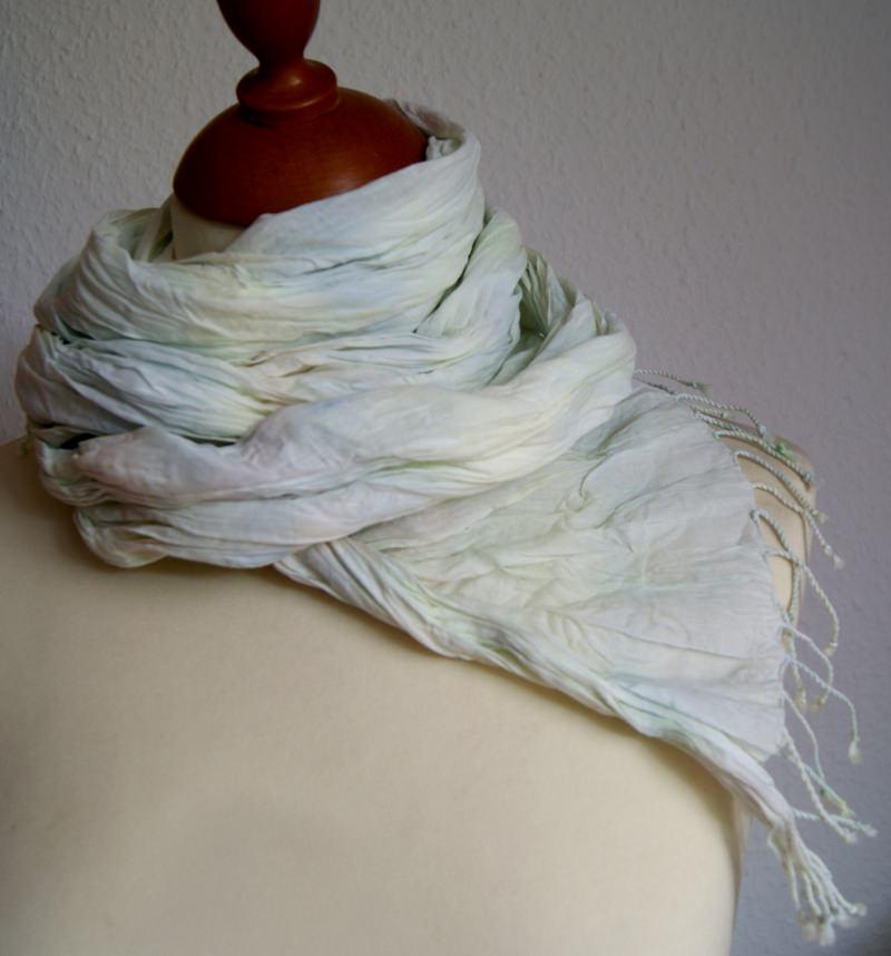 - 10%  SALE - Crinkle-Schal mit Fransen in Pastelltönen   - 10%  SALE - Crinkle-Schal mit Fransen in Pastelltönen