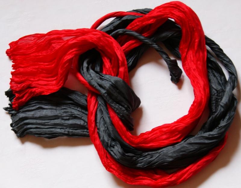 Kleinesbild -  DUOzumSONDERPREIS - 2 Crash-Seidenschals - schwarz und rot