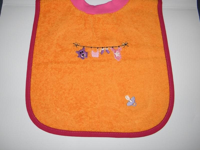 - Riesenschlupflatz, Babylatz, bestickt mit Wäscheleine und den Namen des Kindes - Riesenschlupflatz, Babylatz, bestickt mit Wäscheleine und den Namen des Kindes