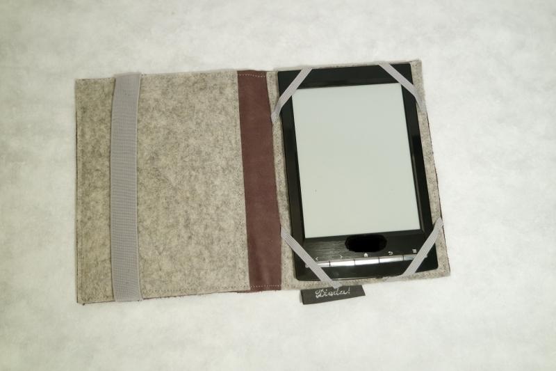 Kleinesbild - Hülle, Tasche für e-reader, Filz und Leder, stabile Einlage, Buchbinderpappe von Dieda