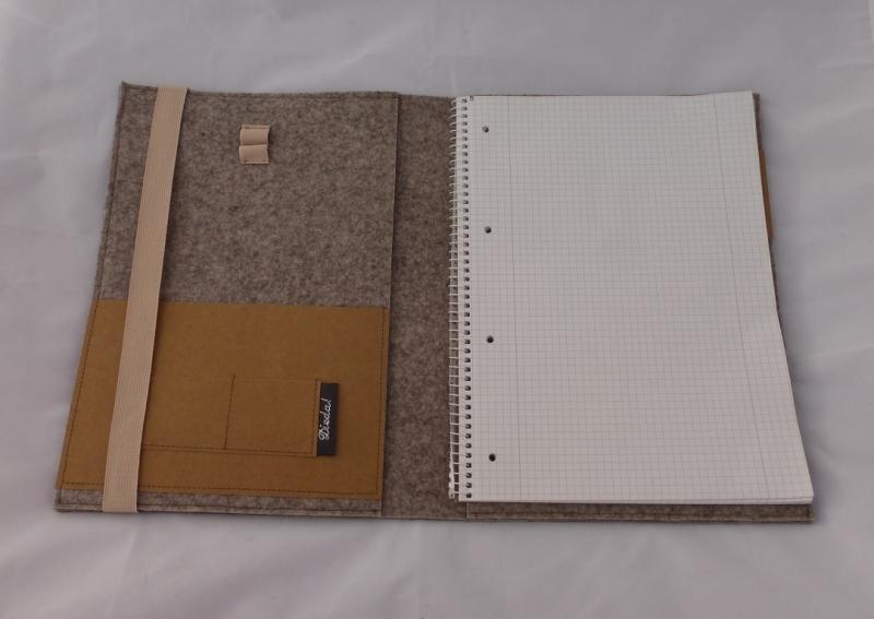 Kleinesbild - Edle Schreibmappe A4, aus Wollfilz incl. Schreibblock, braun, zweifarbiger Filz, bestickt, Edelweiß, handgemacht, dieda
