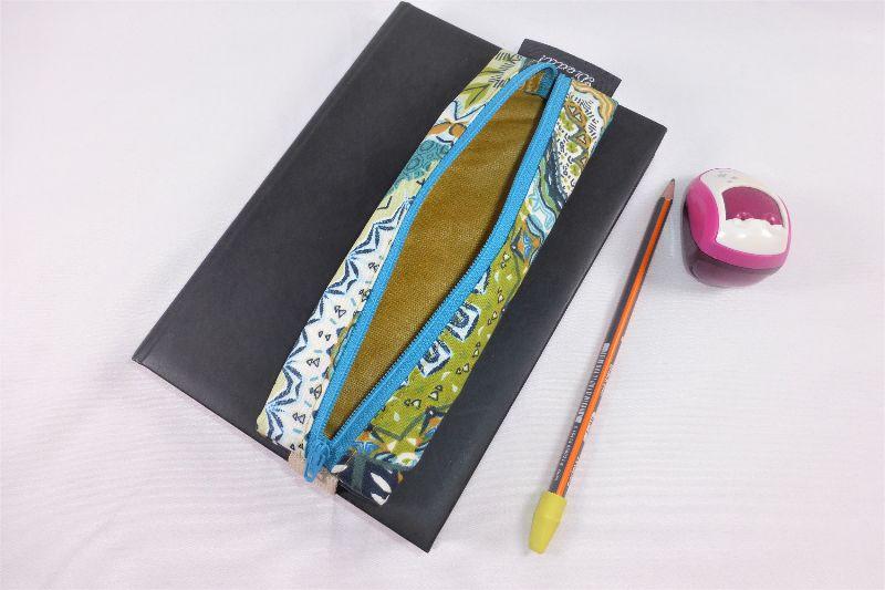 Kleinesbild - Mäppchen, Stifthalterung, Lesezeichen mit Brillenetui, beschichtete Baumwolle, Mandala, petrol, mit Gummiband zur Befestigung an Notizbuch, Kalender, Organizer, Tagebuch, Stiftetui