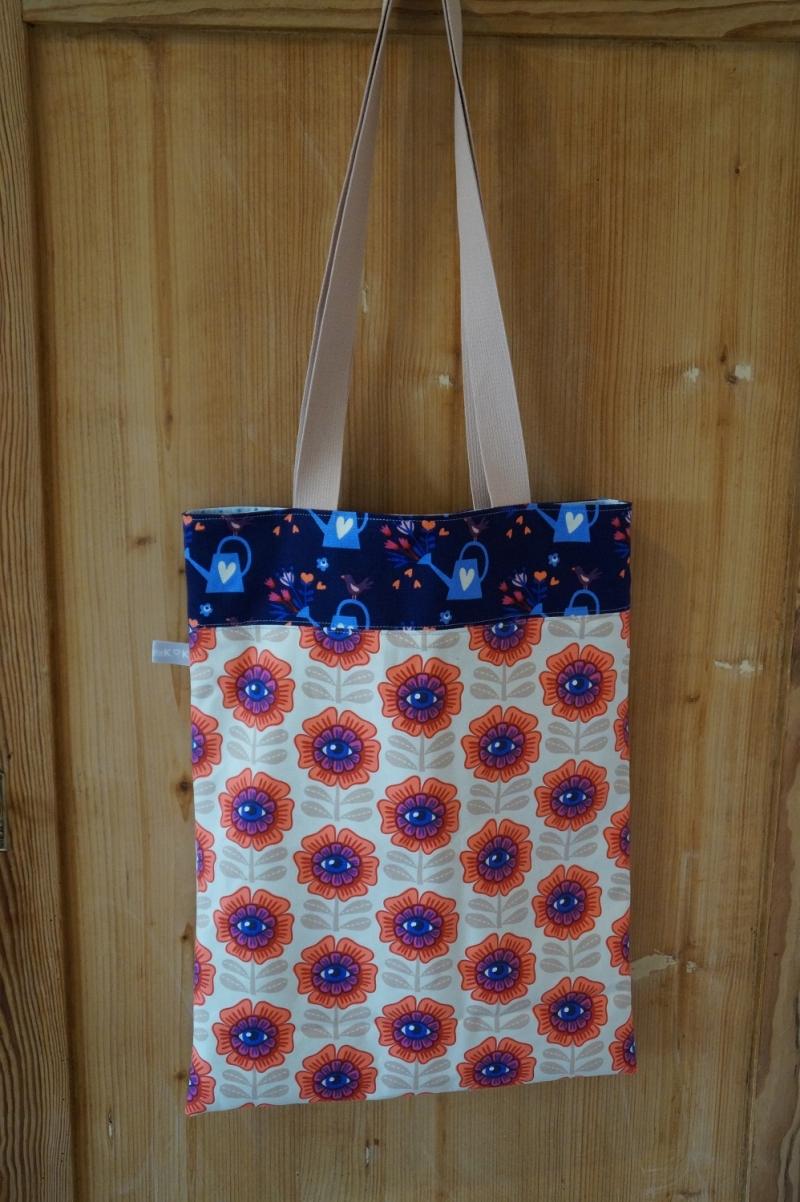 Kleinesbild - Handgemachte  Schultertasche/ Shopper in farbenfrohem Design
