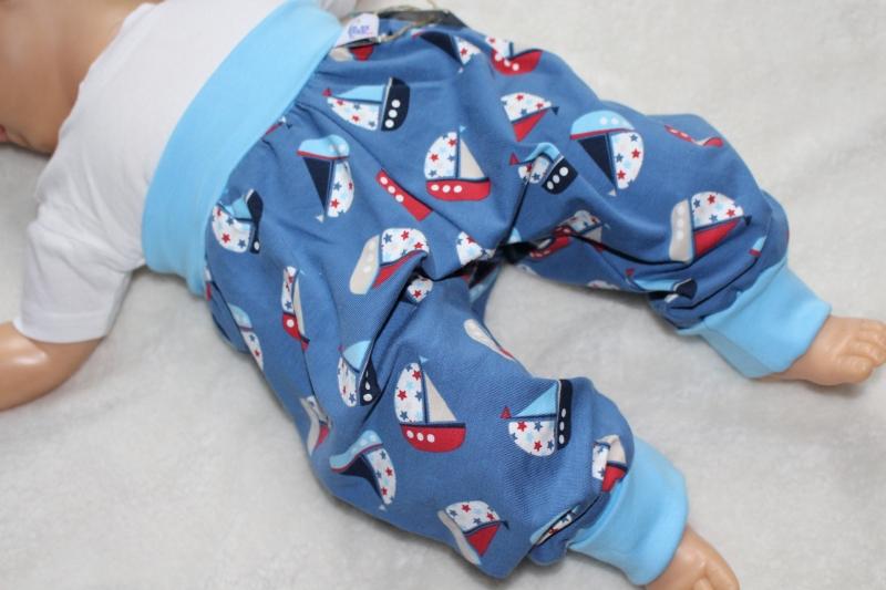 - Pumphose/Mitwachshose *Segelschiffchen* blau  Gr. 62/68  - Pumphose/Mitwachshose *Segelschiffchen* blau  Gr. 62/68