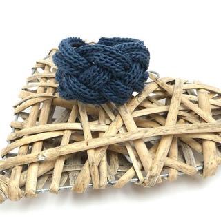 - Armband Keltischer Knoten Seide Leinen Blau Trend Strickschmuck - Armband Keltischer Knoten Seide Leinen Blau Trend Strickschmuck