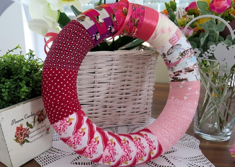 Kleinesbild - Türkranz Shabby Patchwork Kranz pink rosa Einzelstück Landhaus Deko Wandkranz