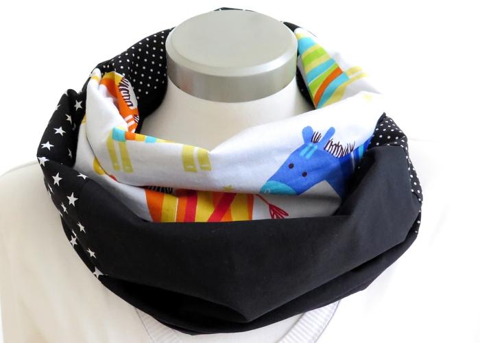Kleinesbild - Milo-Schaly  Loop ALLROUNDER 4+ Varianten Baumwolle Pferde Patchwork Sterne Punkte Loopschal Einzelstück Handarbeit schwarz weiß bunt Wendeschal