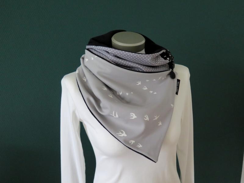 Kleinesbild - Milo-Schaly Wickelschal mit Knopf Damen Schwalben grau Patchwork Knopfschal Fleece warmer Schal