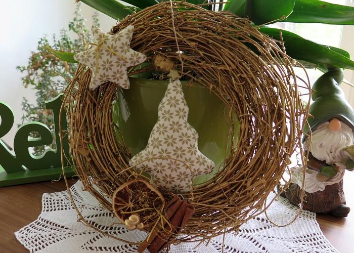 Kleinesbild - Türkranz Weihnachten Deko Kranz Winter goldfarben weiß Tannenbaum Stern Einzelstück