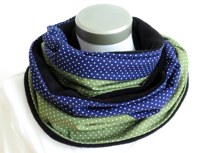 Kleinesbild - Milo-Schaly Loop Fleece Loopschal Punkte blau grün Kuschelschal Schlauchschal Loopschal