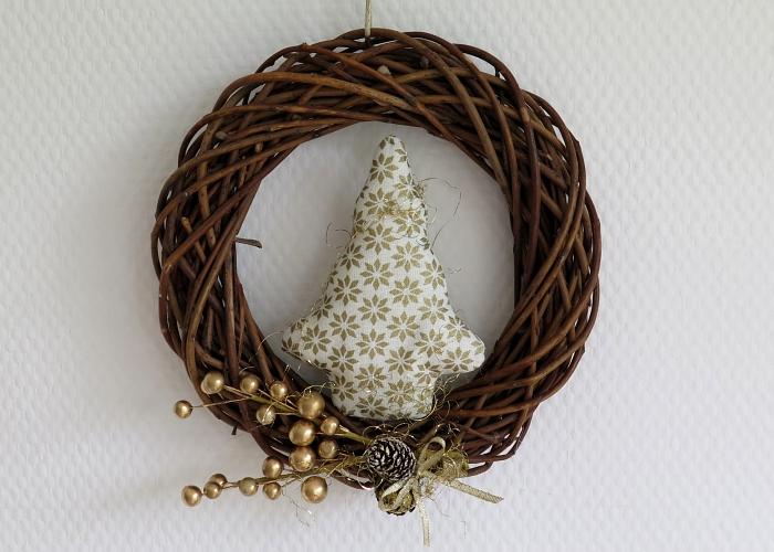 Kleinesbild - Türkranz Weihnachten weiß goldfarben Tannenbaum Advent Weihnachtsdeko Winter