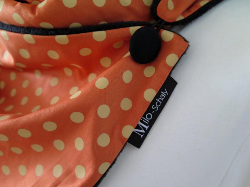 Kleinesbild - Milo-Schaly Wickelschal mit Knopf Tupfen orange Damen Schal Fleece Knopfschal