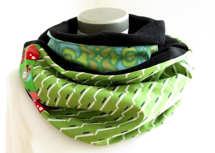 Kleinesbild - Milo-Schaly Loopschal Damen grün bunt Fleece Einzelstück  Loop Schlauchschal Kuschelschal