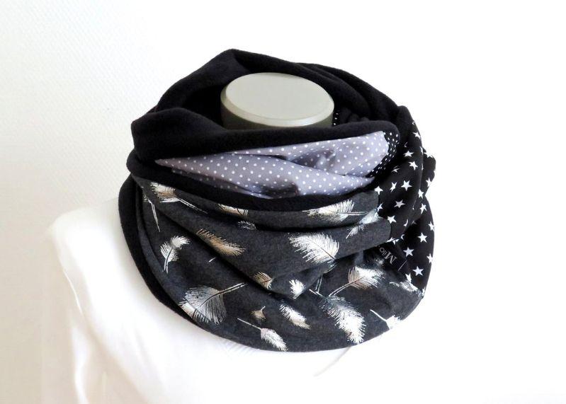 Kleinesbild - Milo-Schaly Loopschal Feder Fleece Loop Schal Kuschelschal grau silberfarben