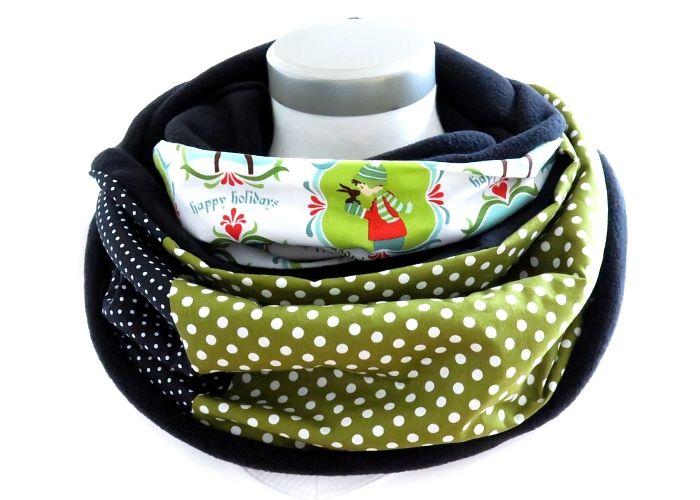 Kleinesbild - Milo-Schaly Loopschal Damen grün weiß Happy Holidays Winter Einzelstück Fleece Loop Schal