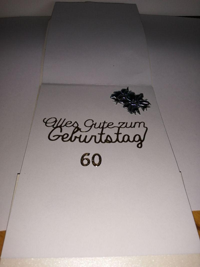 Kleinesbild - Geburtstagskarte zum 60.ten für eine Frau mit Blumen