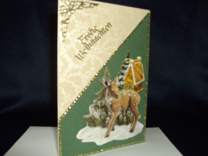 Kleinesbild - Weihnachtskarte mit einem kleinen Reh in beige/grün