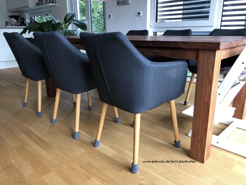 - Stuhlsocken, Farbe anthrazit, 7 - 8 cm Stuhlbeinumfang, gefilzt, 1 Set = 4 Söckchen - Stuhlsocken, Farbe anthrazit, 7 - 8 cm Stuhlbeinumfang, gefilzt, 1 Set = 4 Söckchen