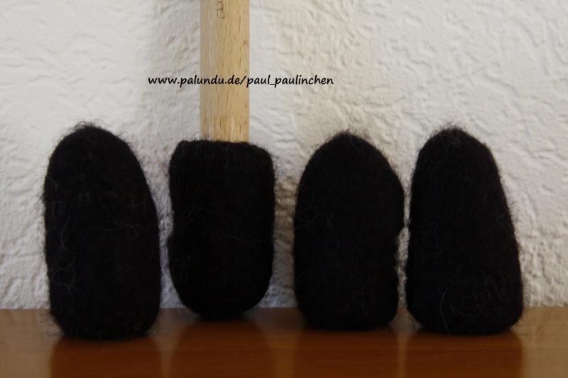 - Stuhlsocken, für 5 - 6 cm Stuhlbeinumfang, schwarz, gefilzt, 1 Set = 4 Söckchen  - Stuhlsocken, für 5 - 6 cm Stuhlbeinumfang, schwarz, gefilzt, 1 Set = 4 Söckchen
