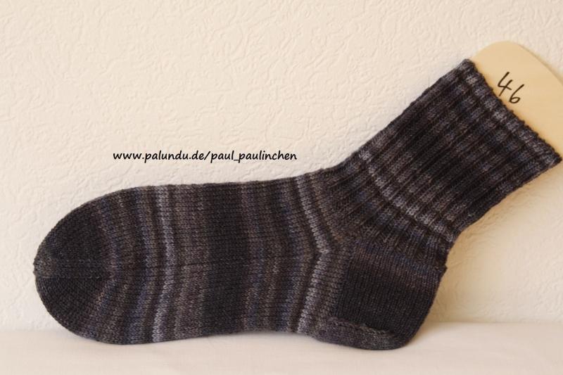 Kleinesbild -  Herrensocken , Größe 46, Artikel 4132, Fb: schwarz-grau handgestrickt bei Paul & Paulinchen