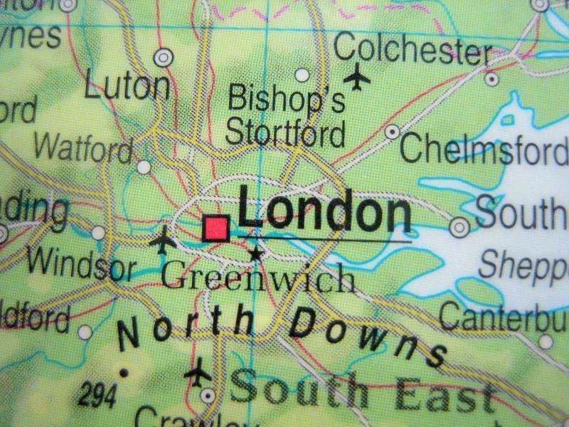 Kleinesbild - Kofferanhänger ENGLAND ♥ London Landkarte *upcycling*