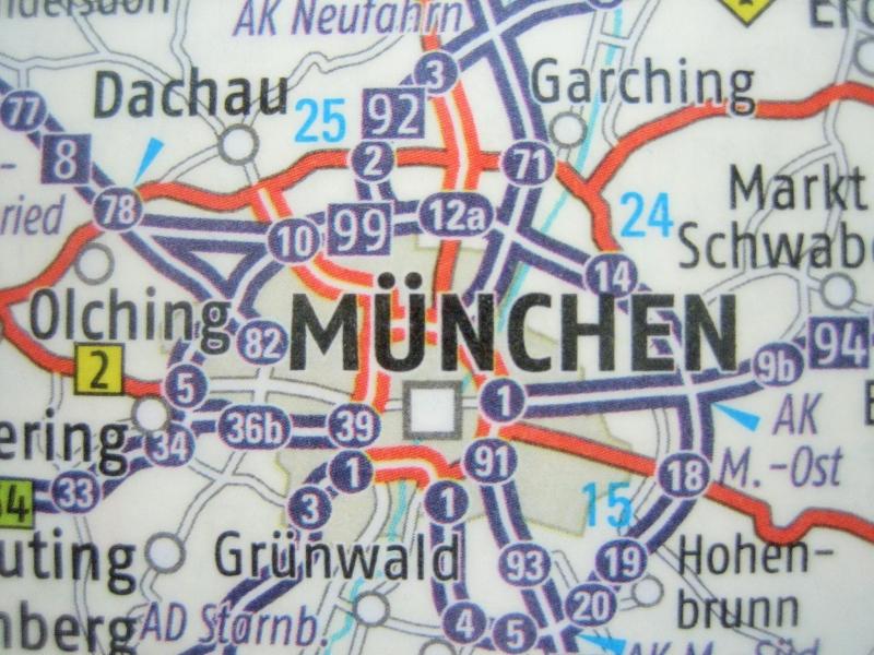 Kleinesbild - Kofferanhänger MÜNCHEN ♥ Deutschland Landkarte *upcycling*