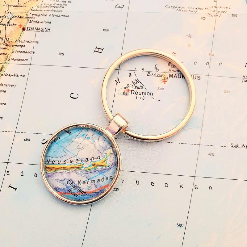 Kleinesbild - Schlüsselanhänger NEUSEELAND ♥ silberfarben *Landkarte* Accessoire