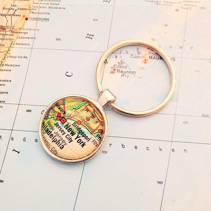 Kleinesbild - Schlüsselanhänger NEW YORK ♥ silberfarben *Landkarte* Accessoire