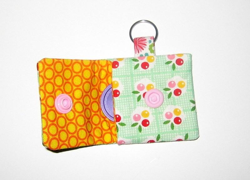 Kleinesbild - Chip-Etui, kleines Etui mit einem Einkaufs-Chip und Platz für den Notgroschen (Kopie id: 48288)