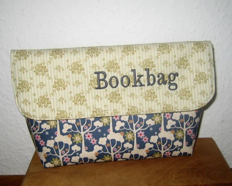 - Büchertasche für Taschenbücher, Unikat aus Baumwollstoffen   - Büchertasche für Taschenbücher, Unikat aus Baumwollstoffen