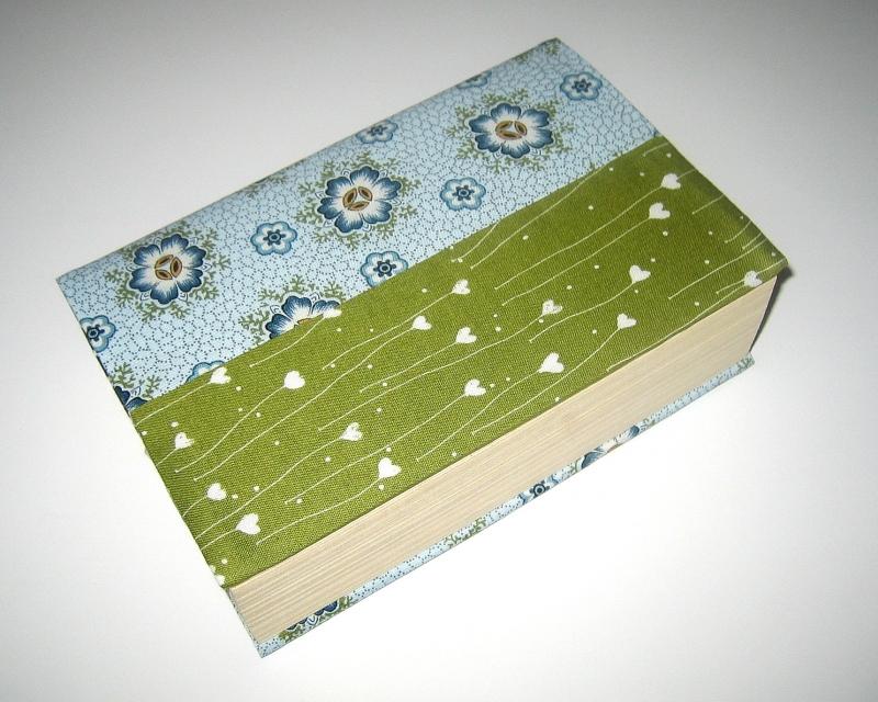 - Buchumschlag für Taschenbücher, flexibel, aus Baumwollstoffen   - Buchumschlag für Taschenbücher, flexibel, aus Baumwollstoffen