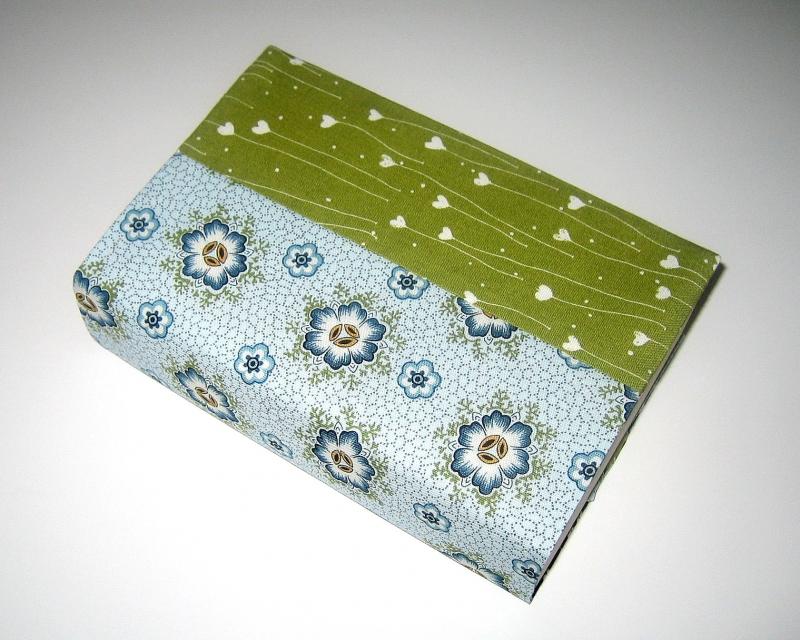 Kleinesbild - Buchumschlag für Taschenbücher, flexibel, aus Baumwollstoffen