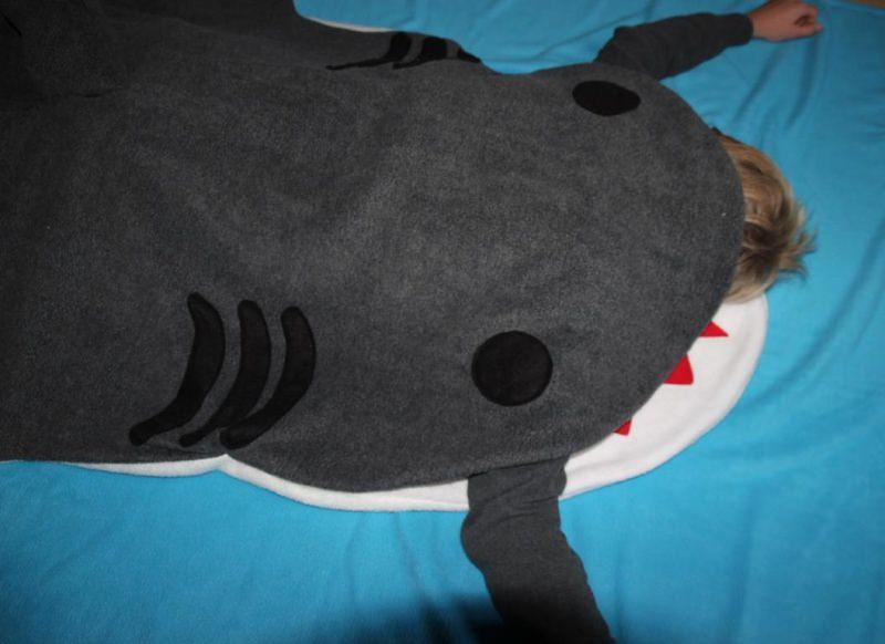 4417.180709.191657 Schlafsack Hai Für Erwachsene Shark Bag Sleeping Bag  Adults